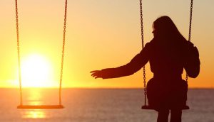 مجرد بمانیم یا ازدواج کنیم؟ مقایسه زندگی مجردی و متاهلی